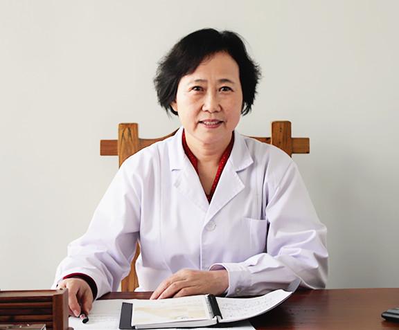 西安美年大健康体检中心副总经理 孙锐-免费体检 实为推销陷阱 老年人