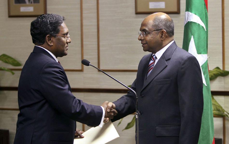 马尔代夫副总统宣誓就任总统 任期到明年11月