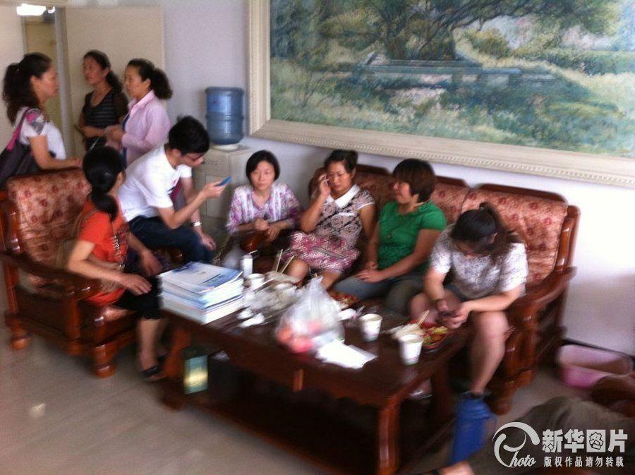 失事韩国亚洲航空公司214航班上有141名中国公民,包括34名高中学生和1