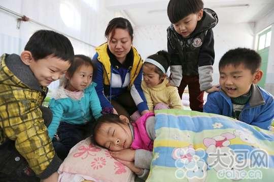 """""""世界睡眠日""""安阳幼儿园教孩子""""健康睡眠"""""""