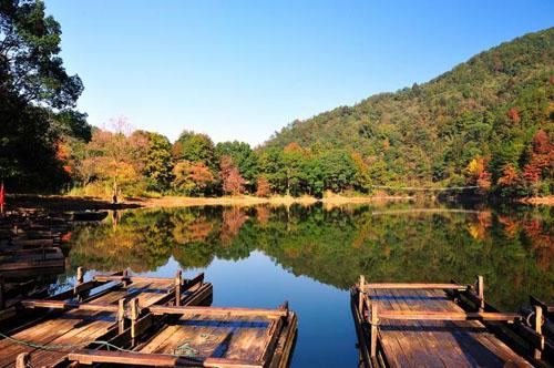 龙源峡位于国家风景名胜区云居山的深处,位于江西省九江市永修县境内
