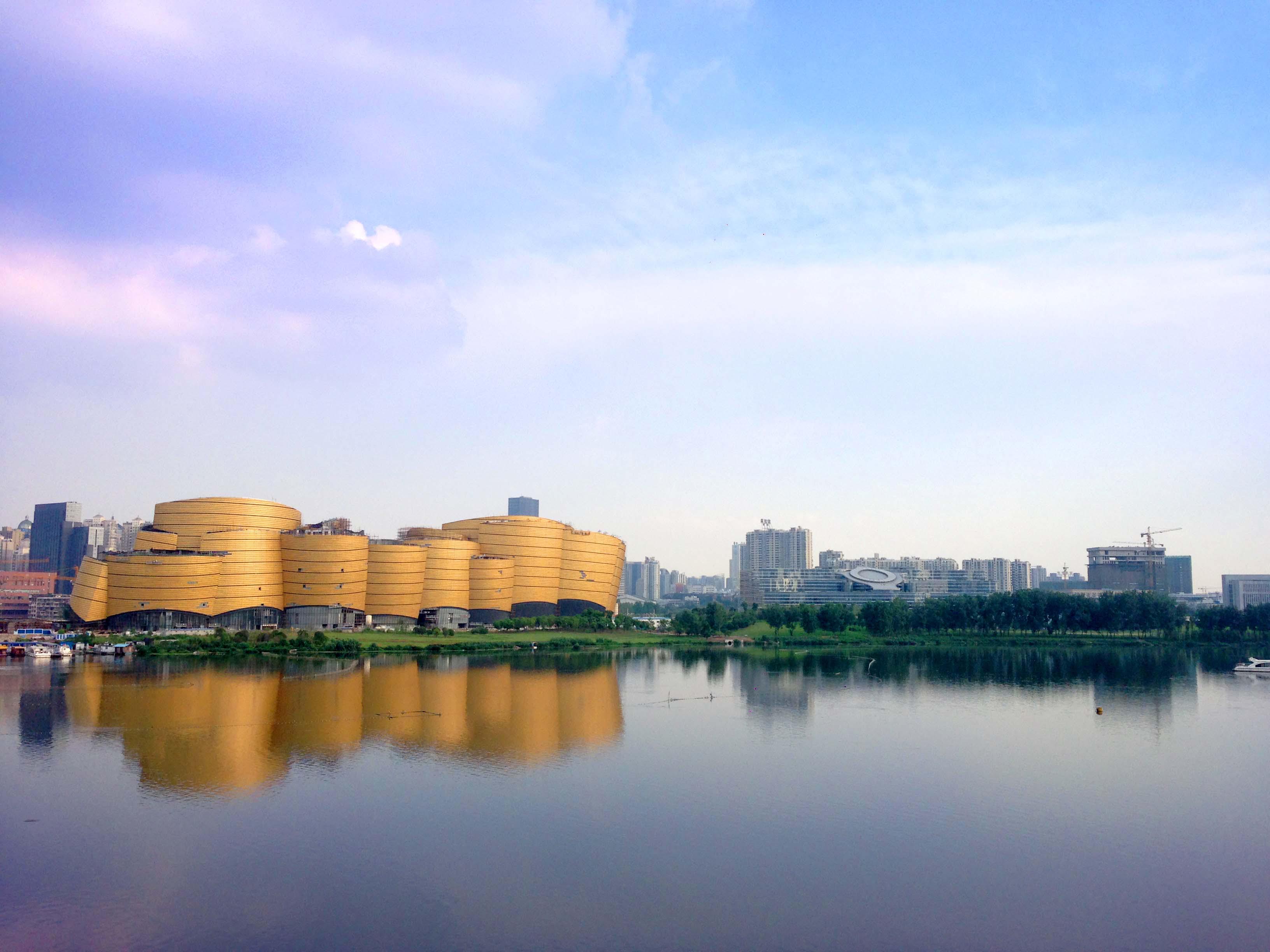 """""""中国万达项目电影理念大胆创新,高科技电影精湛绝伦,势必引领武汉56人乐园图片"""