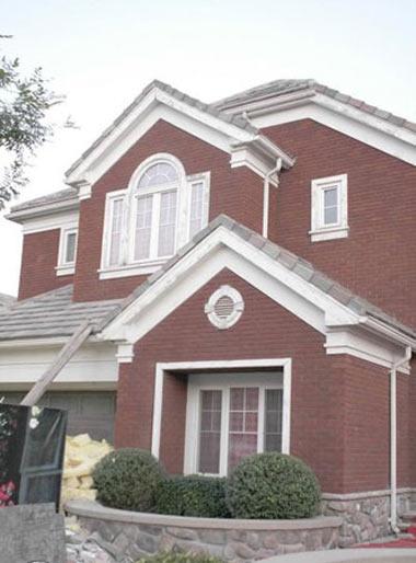 两层半小别墅外观图片