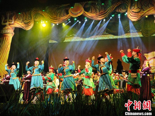 蒙古族原生态无伴奏合唱唱响 世界民族风