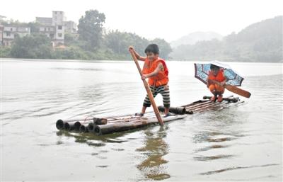 儿童手工制作竹伐船