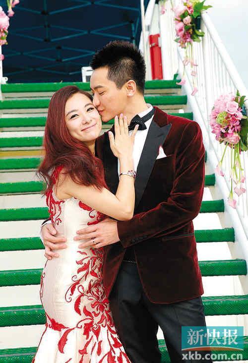 刘璇与老公王�|举行婚礼 地点竟是在香港邮轮上!刘璇结过几次婚?