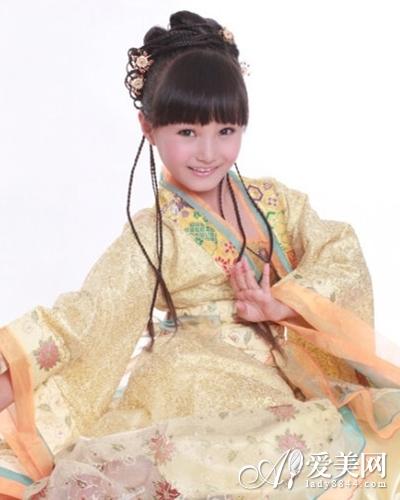 时尚小女生发型 变身活泼可爱小公主图片