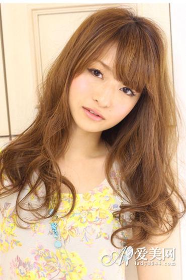 头发大全短发心变适合搭配随发型|头发|颜色图片女生流行什么样的发型图片