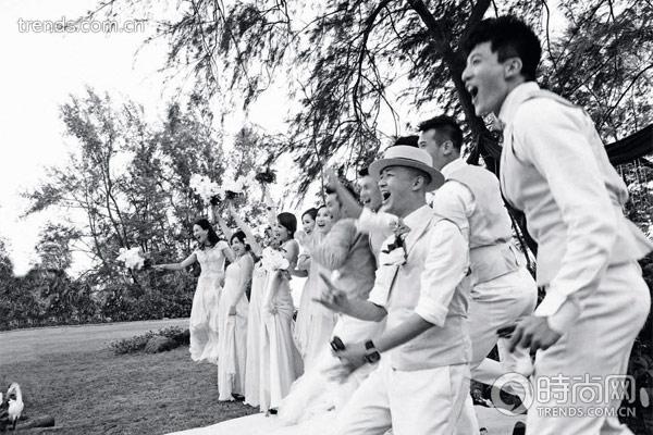 为新人呐喊,为幸福助威,婚礼上一定要最亲密的朋友