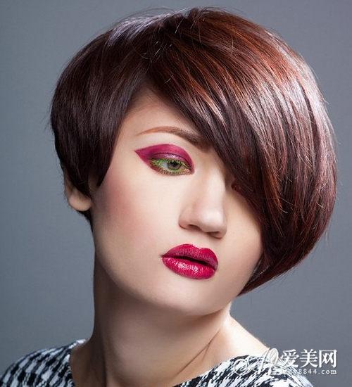 女生帅气短发发型 彰显不羁个性风