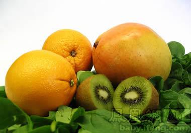 3、不可小看水果蔬菜.男士往往对水果蔬菜不屑一顾,认为那是女孩