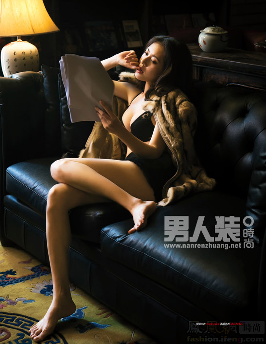 演完《回家的诱惑》这部烂片中的烂片,秋瓷炫作为漂在中国的韩国艺