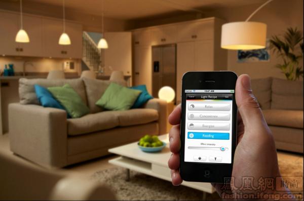 """飞利浦照明大中华区高级市场总监余泳涛表示,""""hue为家居照明开启了一图片"""