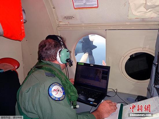澳大利亚在珀斯西南海域搜索马航失联客机|马航|飞机