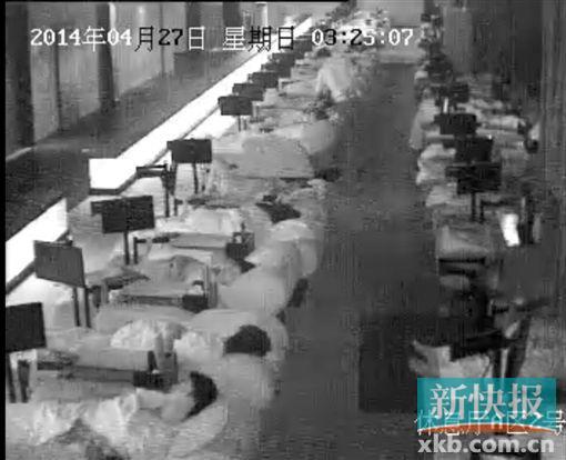 广州男子会所_记者卧底暗访男男性交易会所生意红火图