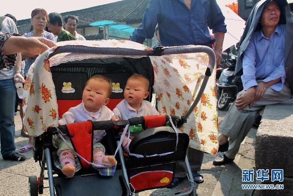 看看那些够萌够可爱的双胞胎
