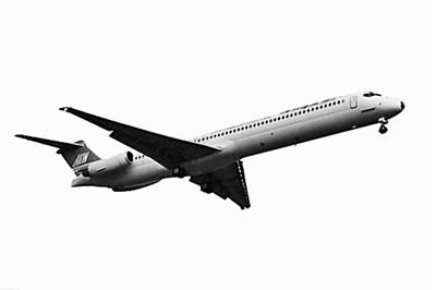 飞机为md83, 失联客机上有110名乘客