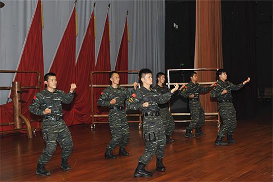 建咏春拳法走进武警特种警察学院猎鹰突击队图片