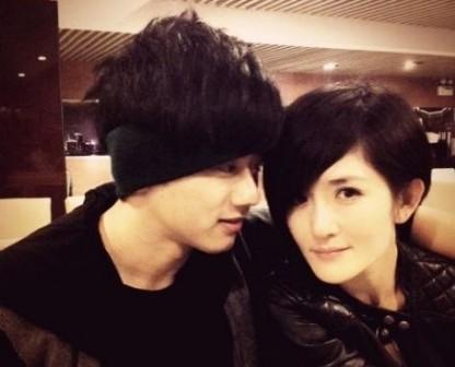張傑(微博)與謝娜(微博)是娛樂圈的模范夫妻