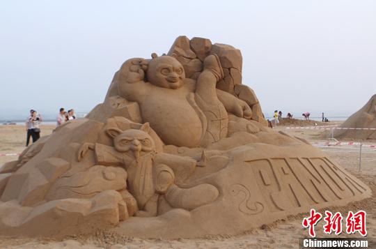 """广西钦州沙雕艺术作品展现""""海派风情"""""""