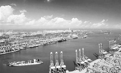 青岛国际转口贸易寻求突破