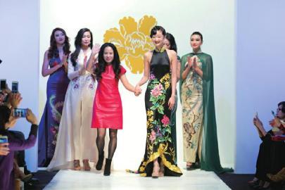 玉赤兔湘爱瘦老相册-2014年11月9日,上海最著名的旗袍品牌金枝玉叶作品发布会在外滩源图片