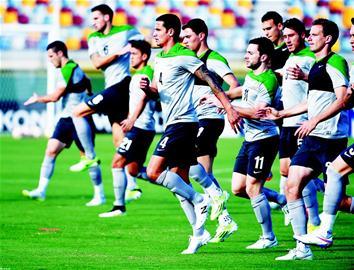 国足平均身高竟超澳洲 亚洲杯淘汰赛碰东道主均告负 |国足|澳大利亚队