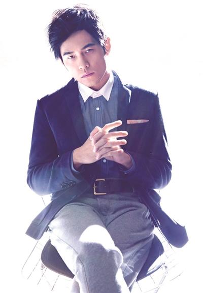 周杰伦加盟第四季《中国好声音》签约之前 制作方先搞定了昆凌