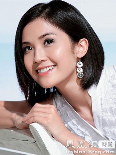 蔡卓妍清新发型自然修颜最减龄