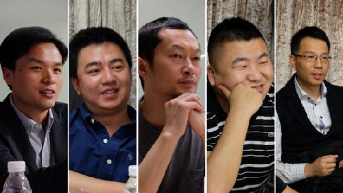"""从左往右依次是:公寓联盟负责人胡振寅、未来域CEO王宇、优客逸家CEO刘翔、青年汇联合创始人何光、公寓业自媒体""""房东东""""创始人全雳"""