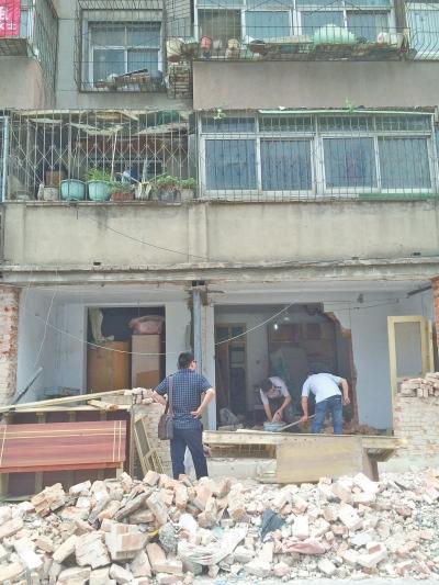 临街一楼砸墙砸出商机也砸出危机