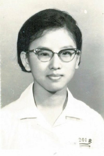 洪秀柱自曝高中时曾收过情书,但都被训导处拦截。(台湾《联合报》)