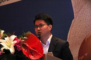 图为:申万宏源中小公司分析师许恺。