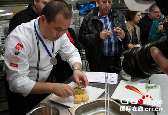 满足大连女生胃以色列烹饪理工举办工作坊 以游客中餐中国图片