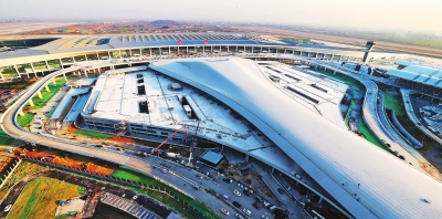 """郑州机场T2航站楼启用 一""""站""""雄踞中原奋飞谱写新篇"""