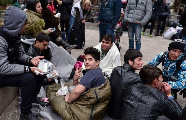 未成年难民。(图片来源:法新社)