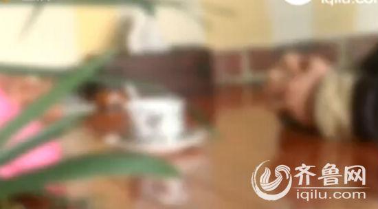 男子伪装 老板 欲与女子发生性关系,在咖啡中下催情药被发现(视频截图)