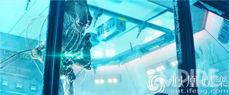 《独立日2》曝超长预告 外星人及巨大外星母舰露真容