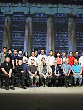 李六乙启动中国制造 《安提戈涅》领衔三年六戏