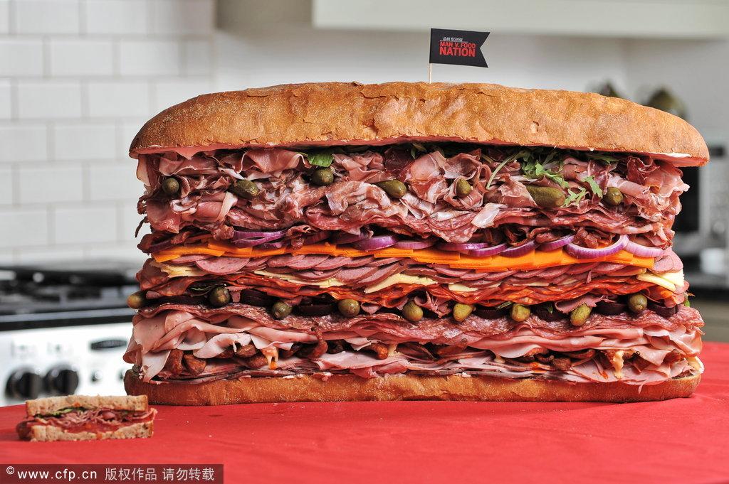世界最大三明治夹41片肉