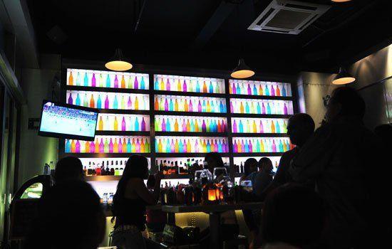 入夜后的潮人聚集地 细数广州4大酒吧街