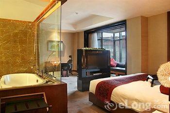 夏日奏响爱的节拍下榻上海六大浪漫情侣酒店