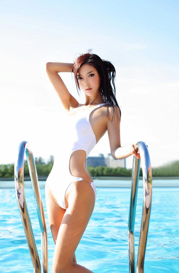 北影长腿校花泳装秀【图】 - 深瞳渊源 - 深瞳渊源,品味经典!!!