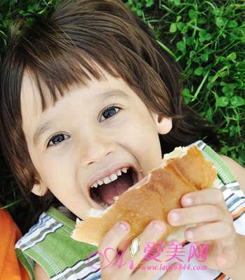 九种美妙食物 会让儿童越吃越聪明