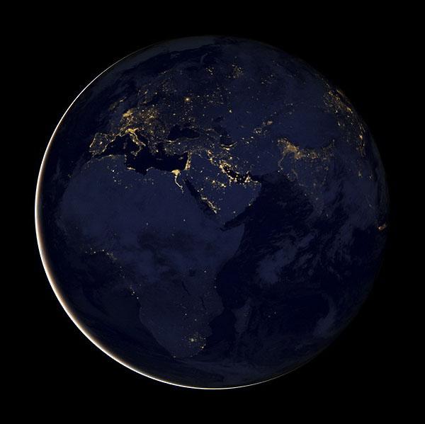 地球/据日本共同社12月6日消息,美国航空航天局(NASA)和美国海洋...