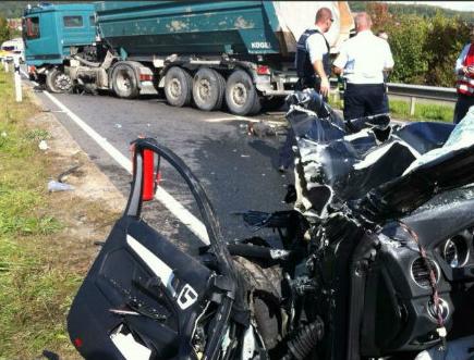 体育 国际足球 > 正文   霍芬海姆球员武克切维奇突遇严重车祸,可能