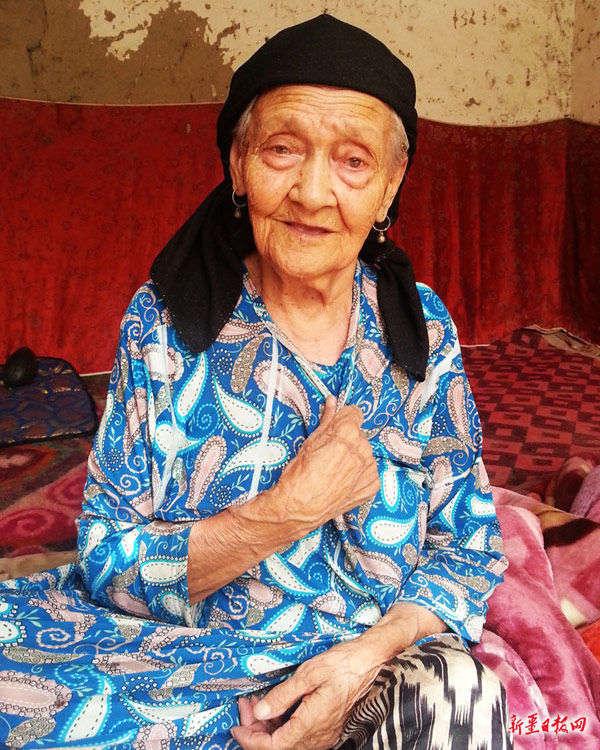 新疆127岁老人成中国第一寿星 生于清光绪年间(图)