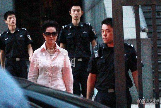 李天一母亲梦鸽-梦鸽 李某案是个冤假错案 同案犯律师策反