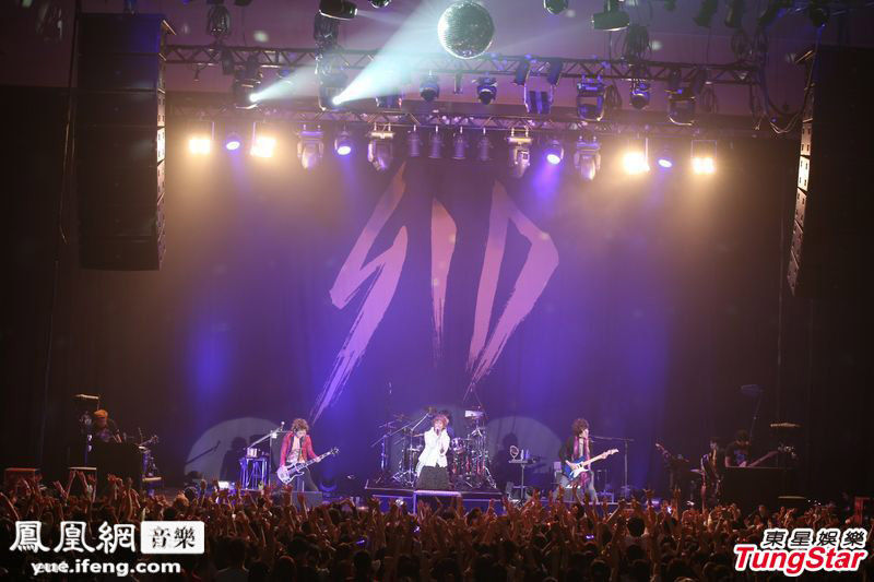 日本摇滚乐队SID香港首次开唱 全场激情演出