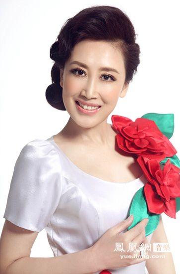女高音歌唱家冯欣最新单曲《我多想歌唱》首发